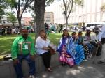 Familia de Indios Kumai en Jardín de San JUan de Dios, Ciudad de San Luis Potosi durante el  XVIII Encuentro Nacional de Juegos y Deportes Autóctonos y Tradicionales